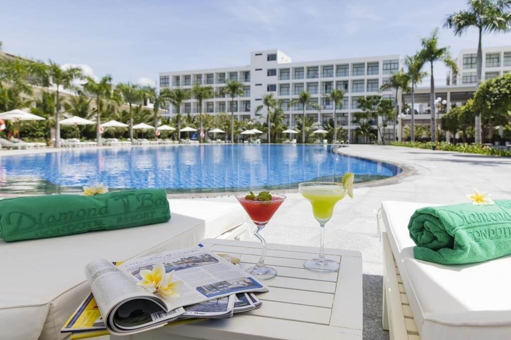 Giới thiệu Diamond Bay Condotel Resort Nha Trang